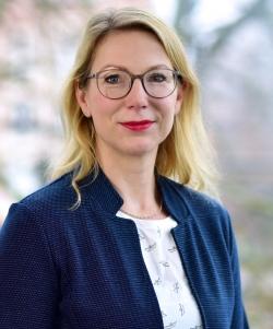 Dr. Yvonne Niekrenz