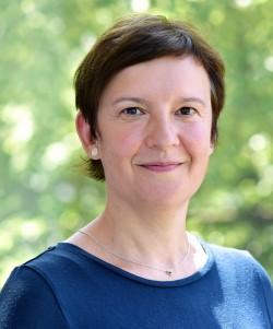 Claudia Kajatin